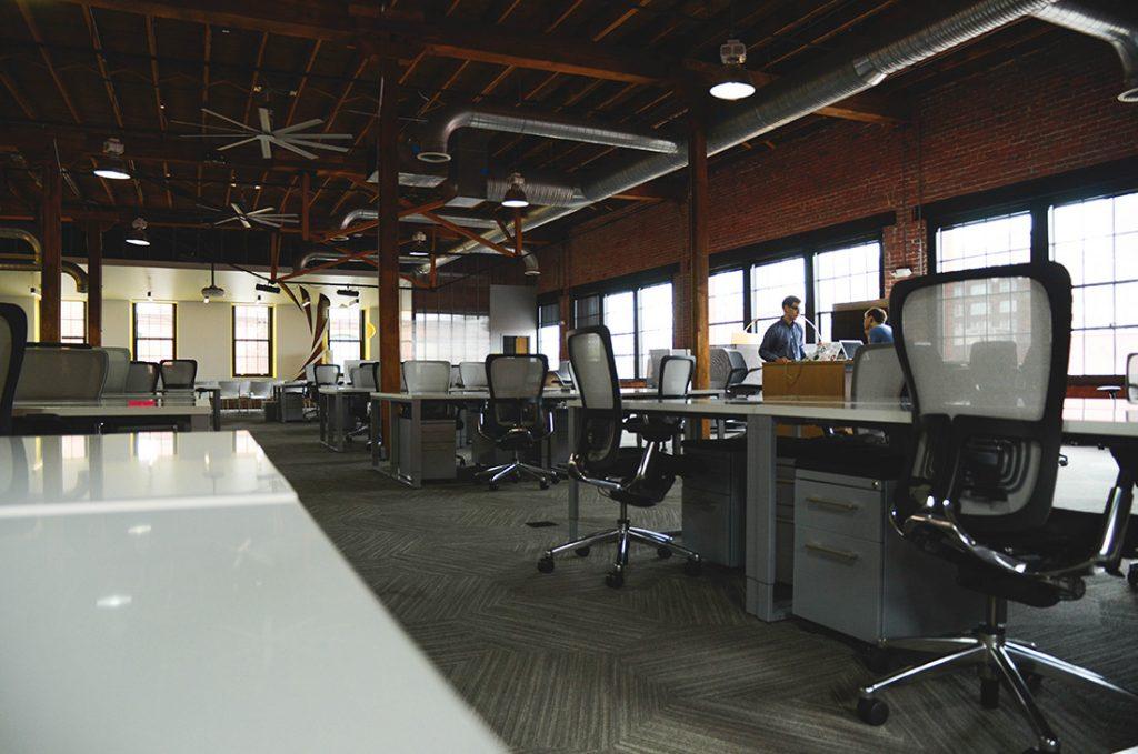 Jak stworzyć idealną przestrzeń biurową?